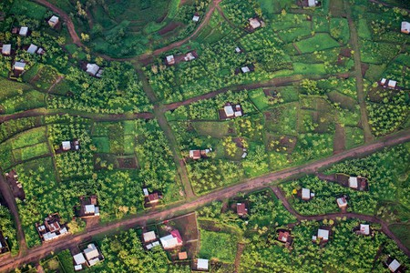 The countryside east of Kigali | Courtesy of Gaël R. Vande weghe and Philippe Nyirimihigo