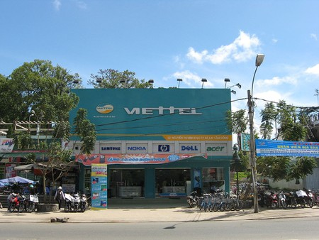 Viettel branch | © Diane Selwyn/WikiCommons