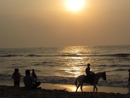Sunrise-besant-nagar-beach-chennai-3
