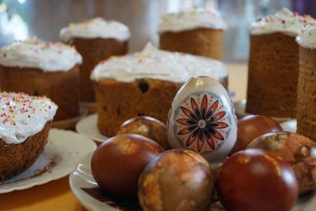 easter-cake-1612402_1920
