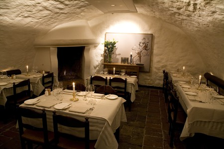 It has exceptional food at reasonable prices