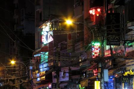 Neon lights hang over Bui Vien | © Soreen D/Flickr