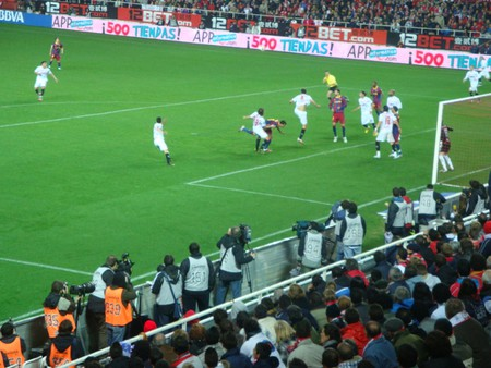 rsz_ppartido_sevilla_barcelona_estadio_ramón_sánchez_pizjuan_temporada_2010-2011