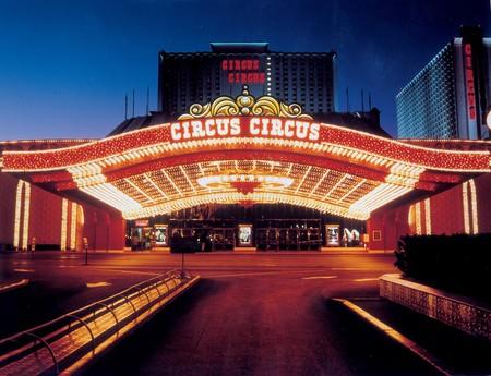 CircusCircusLasVegas_PorteCochere