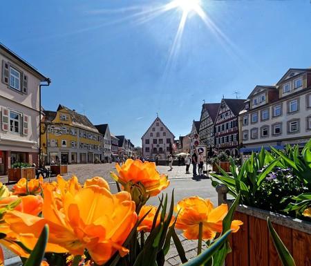 Der_Marktplatz_Bad_Mergentheim_im_Frühling