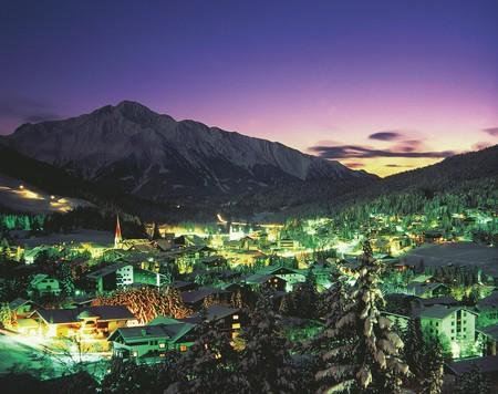 LOWRES_00000024301_Seefeld-in-Tirol-Winteransicht-Nachtaufnahme_Oesterreich-Werbung_Josef-Mallaun - Edited