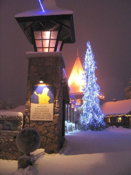 Santa_Claus_village_20070107