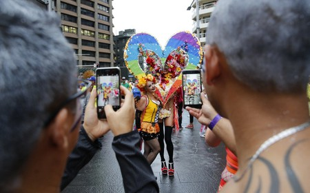 Float at the Mardi Gras parade © Ann-Marie Calilhanna / Sydney Gay and Lesbian Mardi Gras