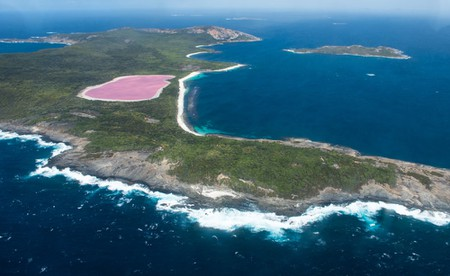 Lake Hillier on Middle Island Near Esperance, Western Australia