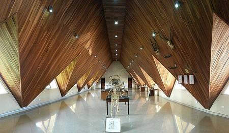 800px-Natural_History_Museum,_Obafemi_Awolowo_University,_Ile-Ife,_Osun_State,_Nigeria_(12997776433)