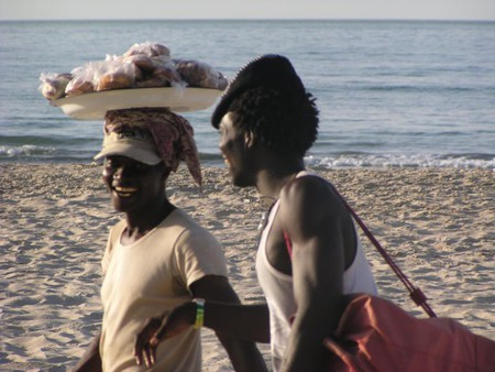 peanut sellers on the beach