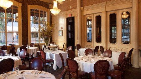 August Chef John Besh S Fine Dining Eatery In New Orleans Central Business District