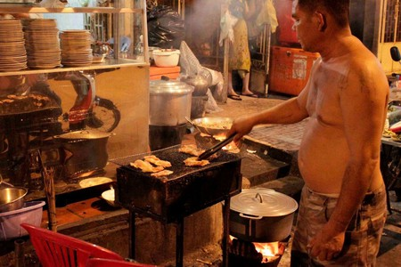 The 15 Best Street Food Stalls in Phnom Penh, Cambodia