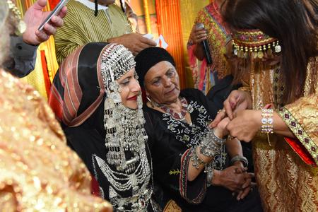 Why Do Married Hindu Women Wear Mangalsutra?