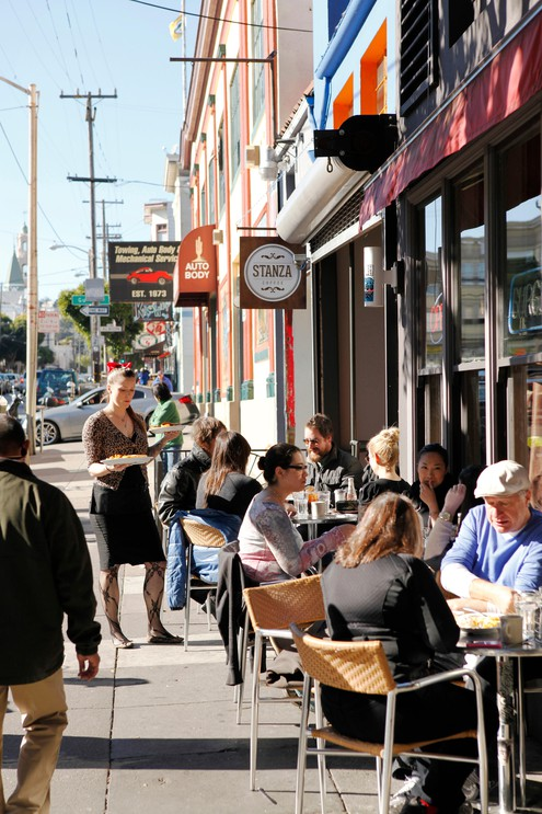 USA, California, San Francisco, The Mission, Stanza Coffee and the Pork Store Cafe