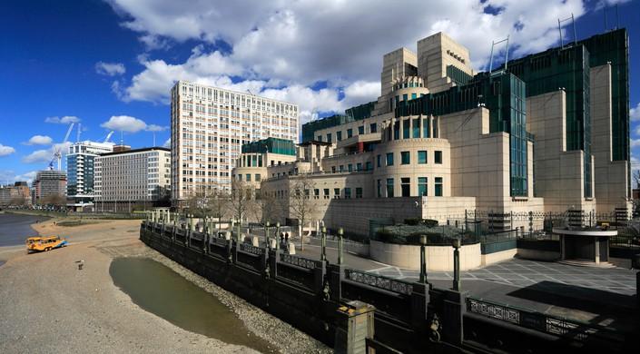 Secret Intelligence Service Building, MI 6 Building, South Bank, London City, England. BOND SKYFALL