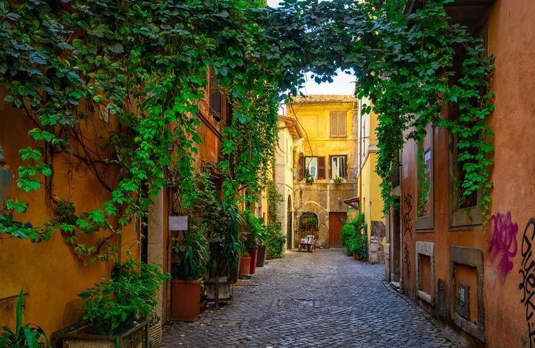 Old street in Trastevere, Rome, Italy | © Catarina Belova/Shutterstock