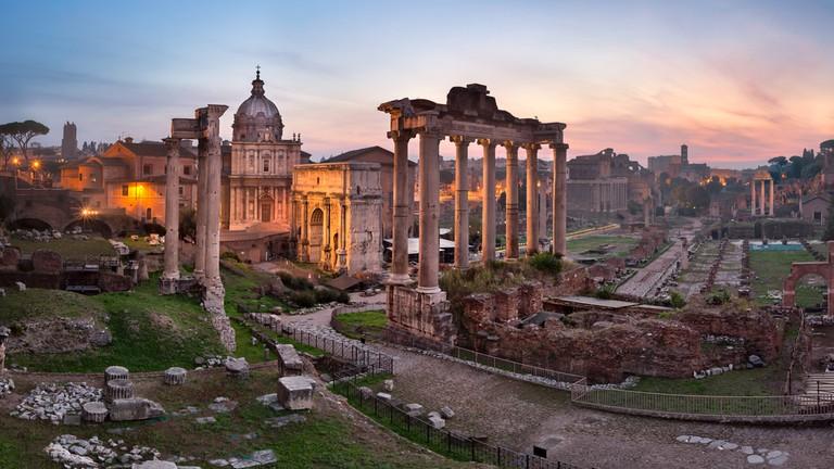 Roman Forum | © anshar/Shutterstock