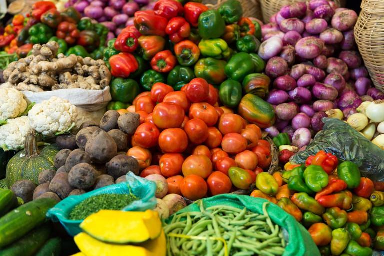 Bolivian Market Fruit and Vegetables   ©vincentraal/Flickr