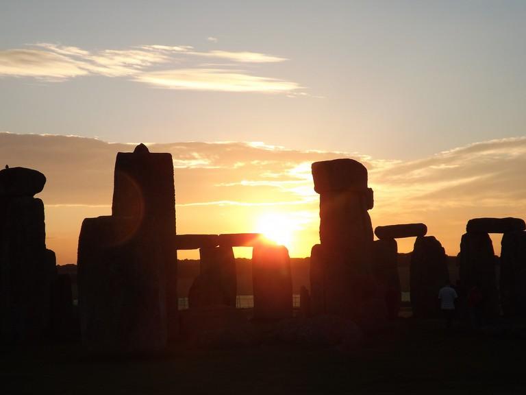 Sunrise on the Winter Solstice © Stonehenge Stone Circle / Flickr