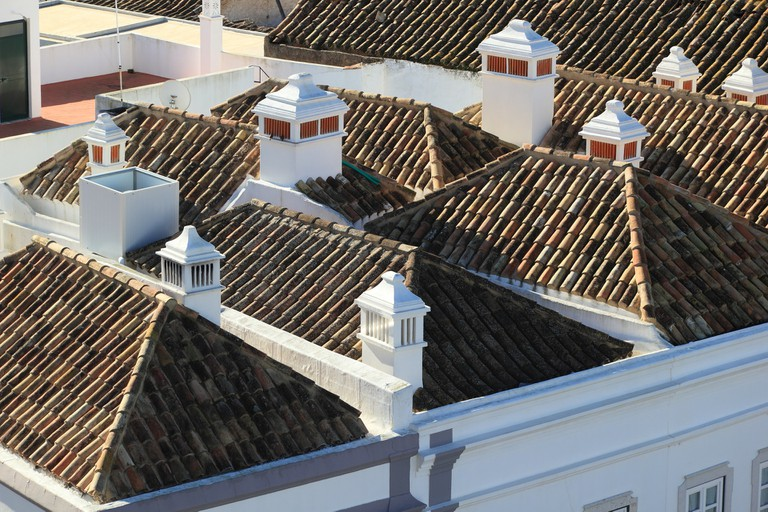 Rooftops in Faro   © olafpictures / pixabay