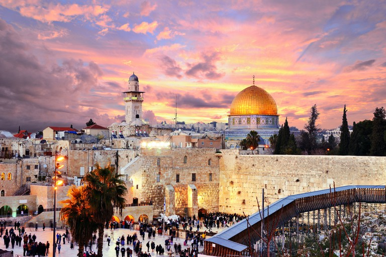 The Western Wall and the Temple Mount with the Al-Aqsa mosque in the background, Israel