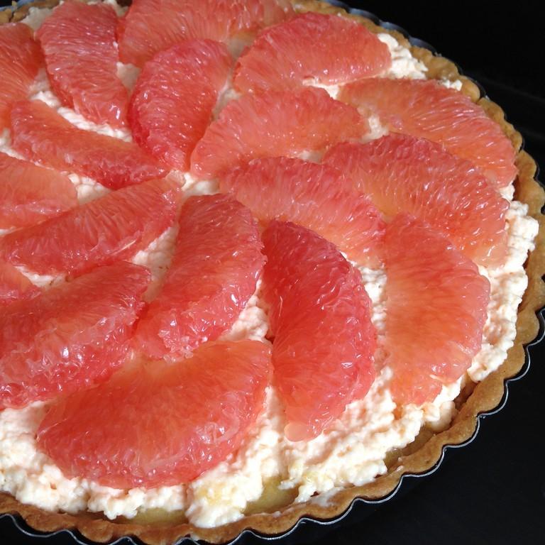 Hugo & Victor's Pink Grapefruit Tart |© Joy/Flickr