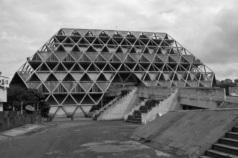 Hall of Nations, New-Delhi, Raj Rewal/ ©WikiCommons