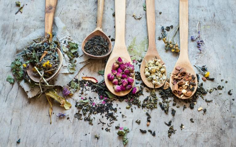Loose-leaf Premium Teas©  natalia bulatova/Shutterstock