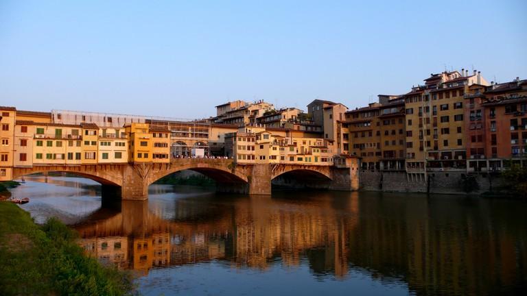 Vasari Corridor Florence Italy © Flickr / Toni Rodrigo