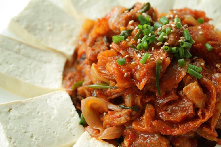 Fried Kimchi and pork with warm tofu | © Chloe Lim/Flickr
