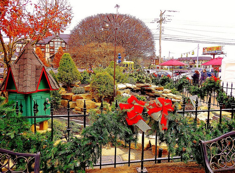Christmas Garden at Pigeon Forge, Tennessee © Olin Gilbert