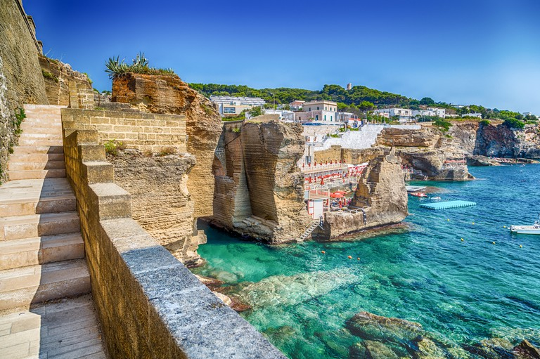 Santa Cesarea Terme Coast   © GoneWithTheWind/Shutterstock