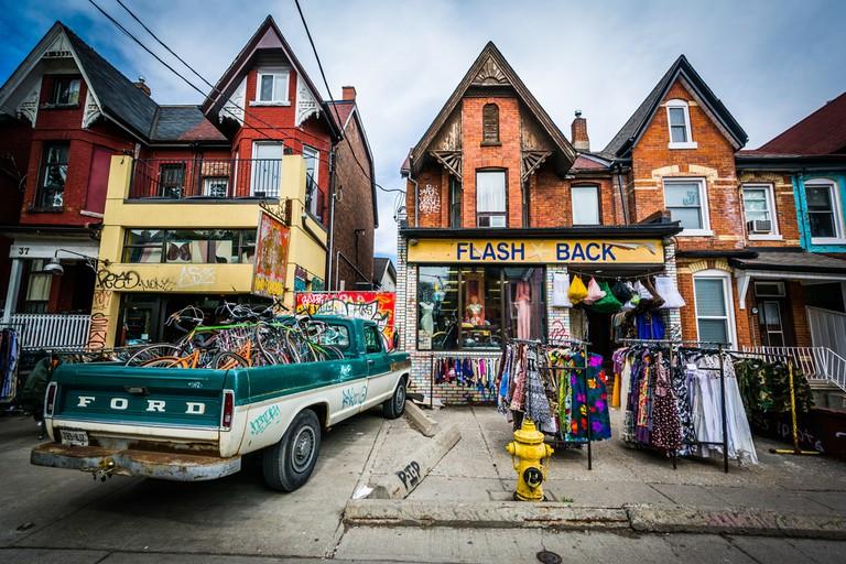Shop on Kensington Avenue at Kensington Market, in Toronto, Ontario ©Jon Bilous / Shutterstock