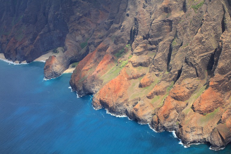 Na Pali coast, Kauai island of Hawaii ©Studio Barcelona / Shutterstock
