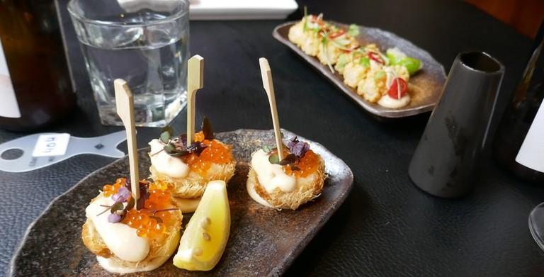 Sticks'n'Sushi | ©Henry Burrows/Flickr