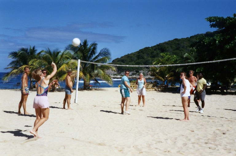 People playing beach volleyball   © Quinn Dombrowski/Flickr