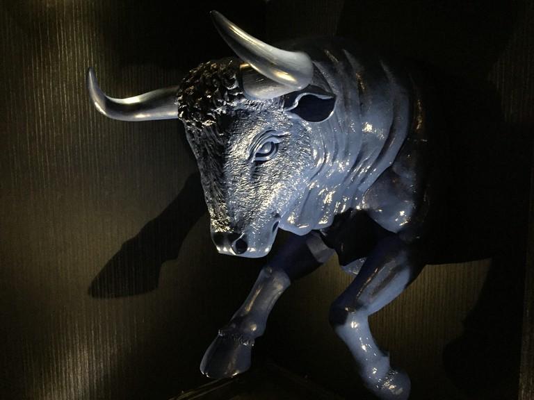 Aqua Nueva bull, London  © Matt Brown/Flickr
