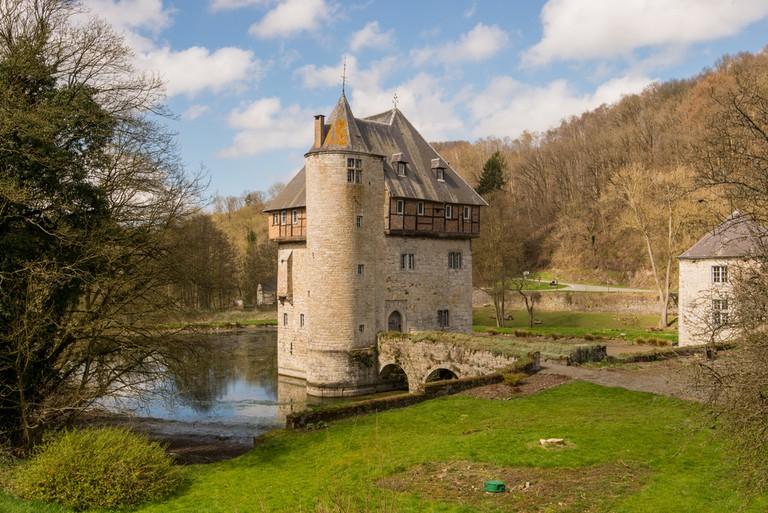 Crupet castle, a tiny medieval castle near Namur, Belgium ©Bert Beckers / Shutterstock