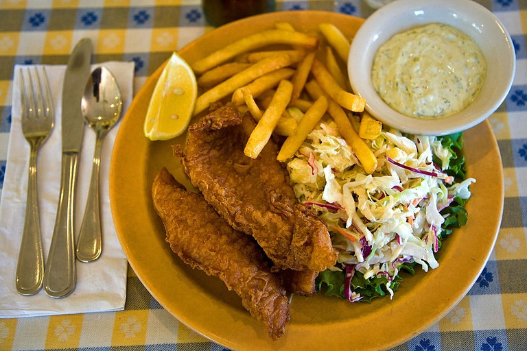 Fish and chips   © pointnshoot/Flickr