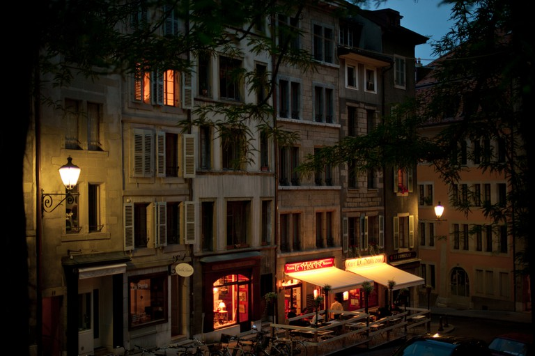 Geneva old town at night | © Daxis / flickr