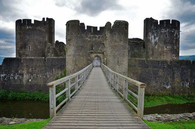 Caerphilly Castle, Wales © Paul McCoubrie/Flickr