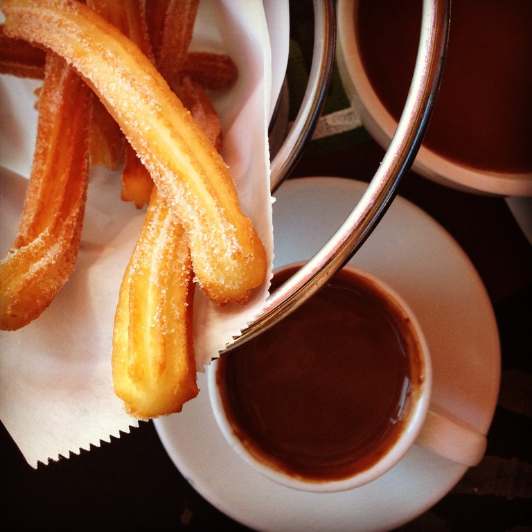 Churros con chocolate   © woo_is_me/Flickr