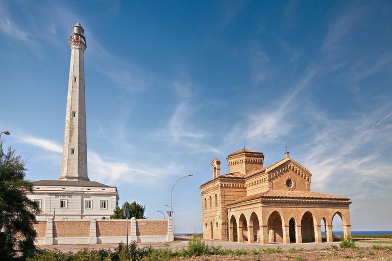 Punta Penna Lighthouse   © ermess/Shutterstock