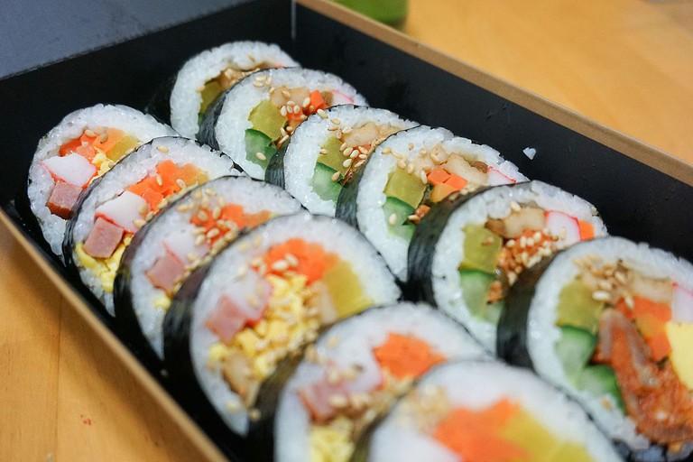 Vegetable Gimbap | © cutekirin/WikiCommons