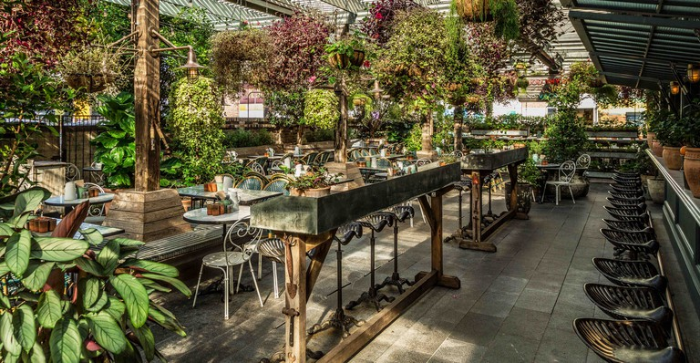 Interior dining | Courtesy of The Potting Shed