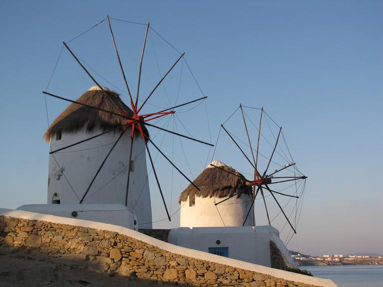 Windmills of Mykonos | © Dottie Day / Flickr
