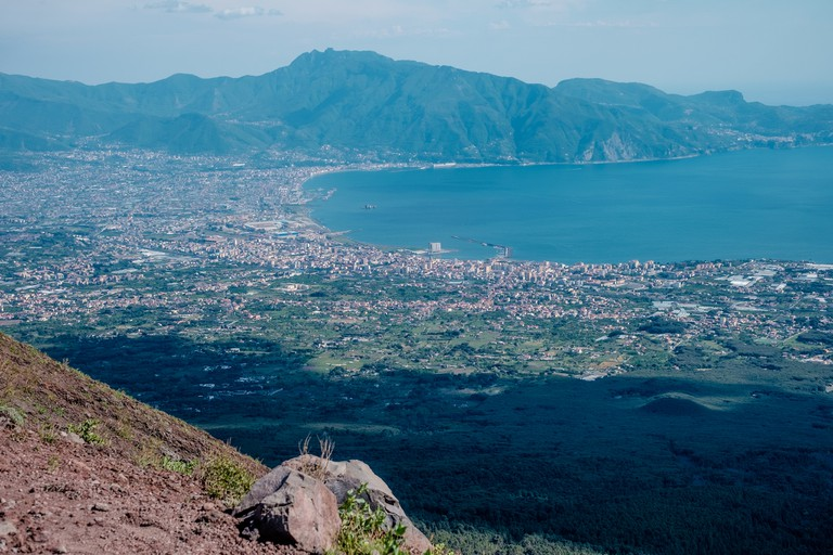 Overlooking Mount Vesuvius |© Kārlis Dambrāns/Flickr