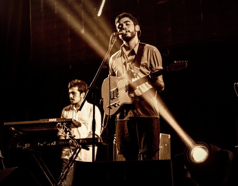 Live Performance at Dany's Bar ©Pixabay
