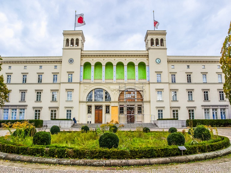 The Hamburger Bahnhof former railway station now hosts the Museum fuer Gegenwart (Museum of the Present) contemporary art gallery © Claudio Divizia / Shutterstock